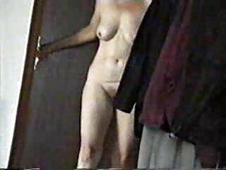 Capri Cavalli masajeó a su ver peliculas tres xxx amiga y se folló a su novio