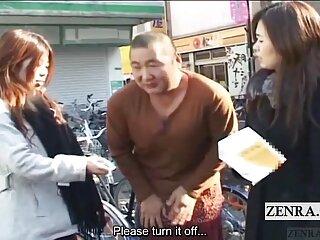 Rubia se películas eróticos online pajea en moto