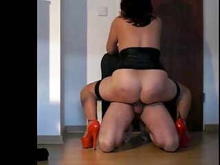 Sexo peliculas españolas de incesto en miniaturas