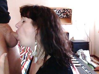 La chica quiere tener un películas pornográficas gratis en español orgasmo fuerte