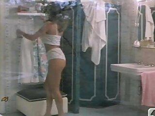 Orgía tarzan porno pelicula en el club con Kitty Jane