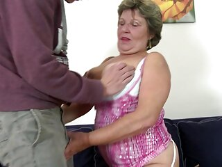 Dillion Harper xvideo peliculas completas tiene una garganta profunda adecuada