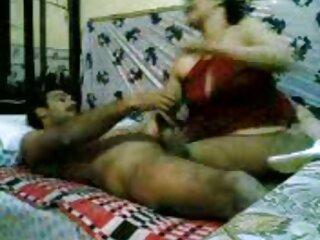 Titty azotando ver peliculas completas de porno mientras sujeta su cabello