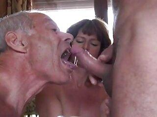 La chica del parque accedió peliculas completas pono a tener sexo frente a la cámara
