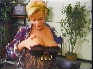 Angela Aspen se encontró más interesante en peliculas xxx streaming el baño