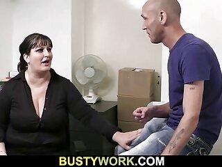 La tía peliculas de sexo anal gratis trabaja con pelvis, sentada sobre la polla de un jajaja