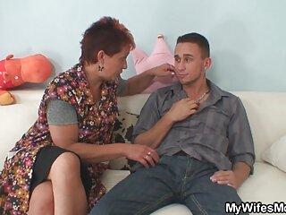 Lo caliente Sex Jonny xxx español subtitulos con Cassidy en manos de un chico