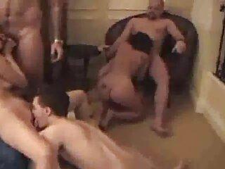El tipo filmó como su polla penetra el coño pelicula xxx gratis en español y el anal